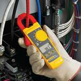 True-RMS Clamp Meter with Temperature and Capcitance Capability for Current Measurements up to 400A
